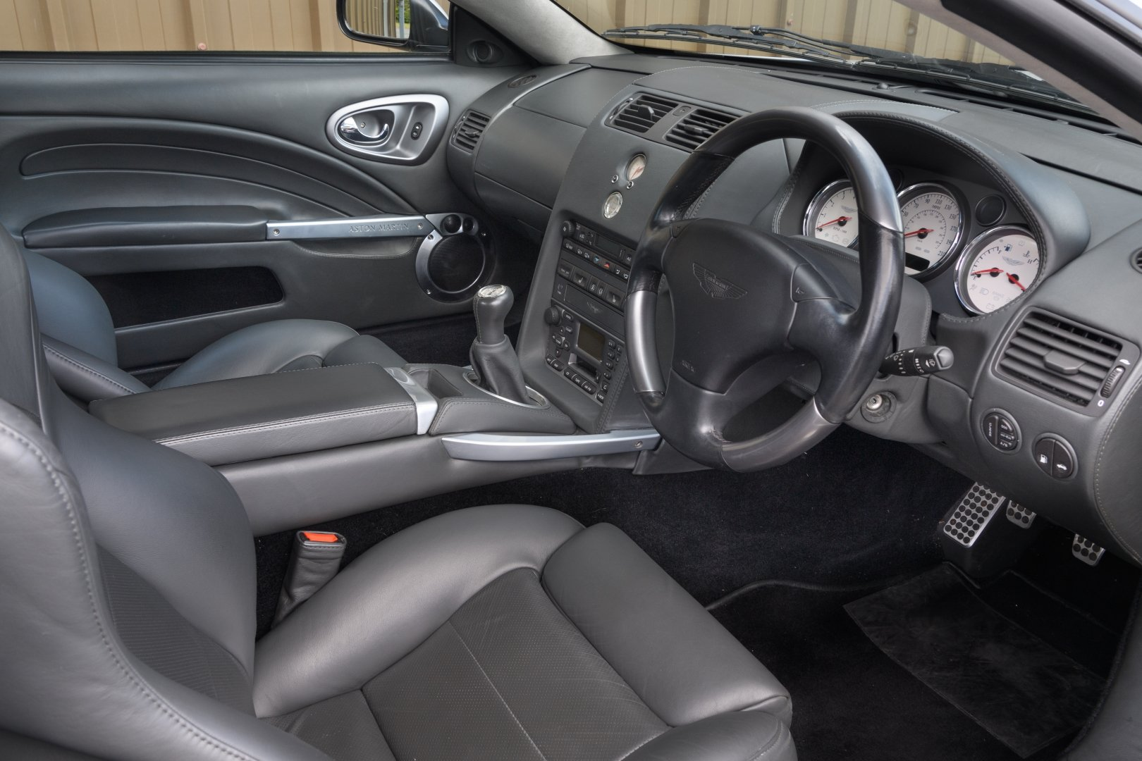 2005 Aston Martin Vanquish S - AM Works 6 Speed Manual  For Sale (picture 3 of 6)