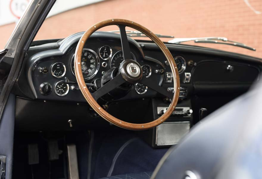 Aston Martin DB6 Vantage (LHD) 1967 For Sale In London  For Sale (picture 6 of 12)