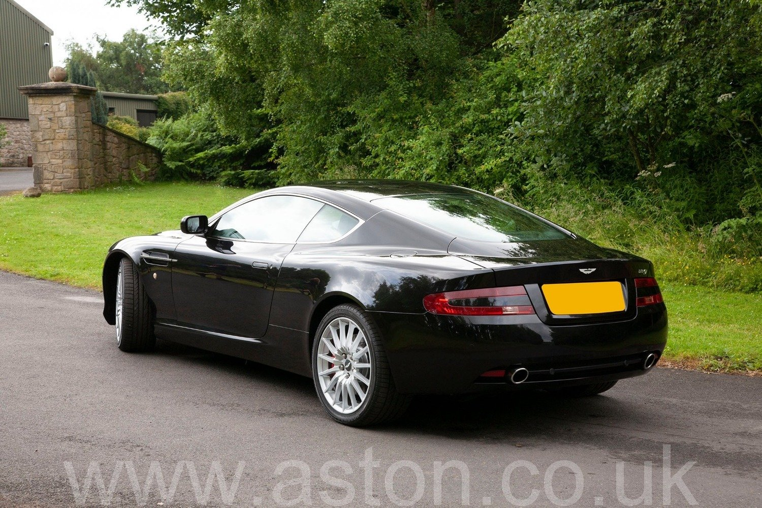 2005 Semi-Automatic DB9 Coupe For Sale (picture 6 of 6)