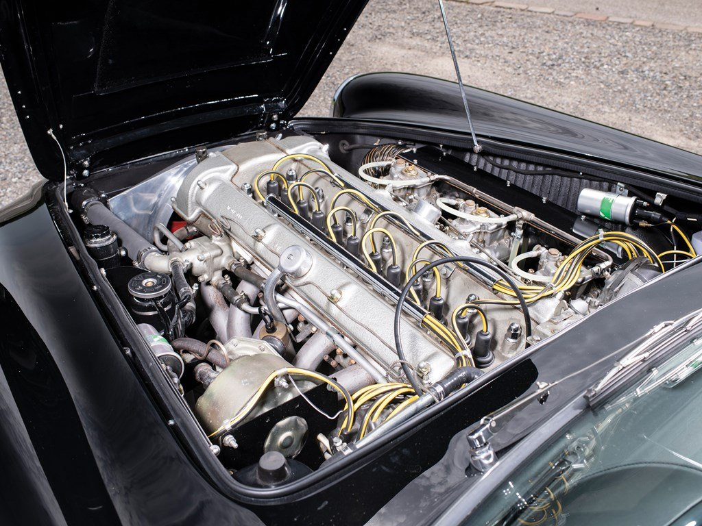 1962 Aston Martin DB4 GT Engine Series IV  For Sale by Auction (picture 3 of 6)