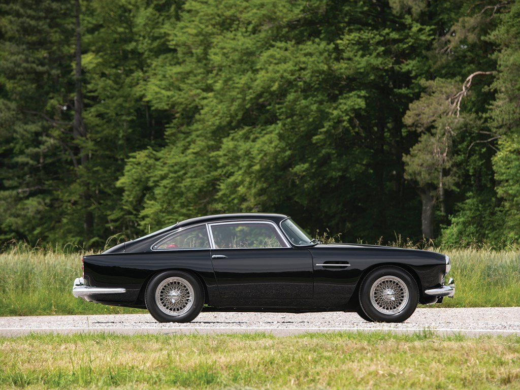 1962 Aston Martin DB4 GT Engine Series IV  For Sale by Auction (picture 5 of 6)