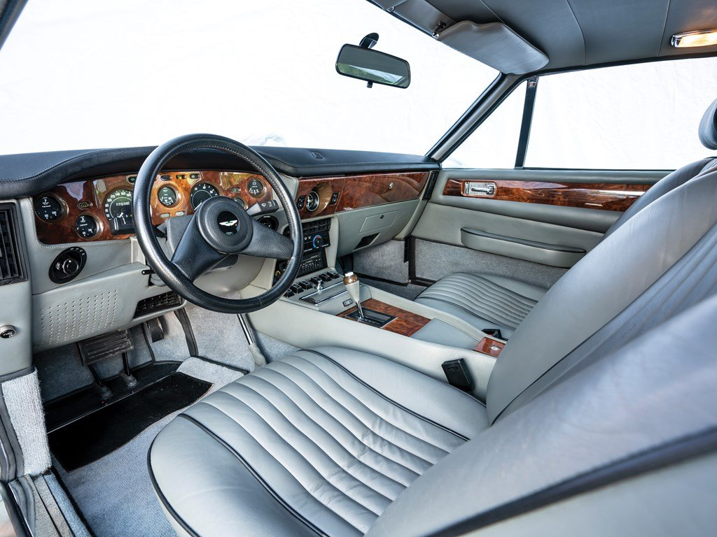 1989 Aston Martin Vantage  For Sale by Auction (picture 4 of 6)