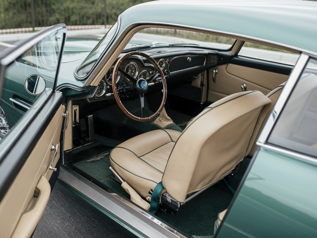 1961 Aston Martin DB4 Series II  For Sale by Auction (picture 4 of 6)