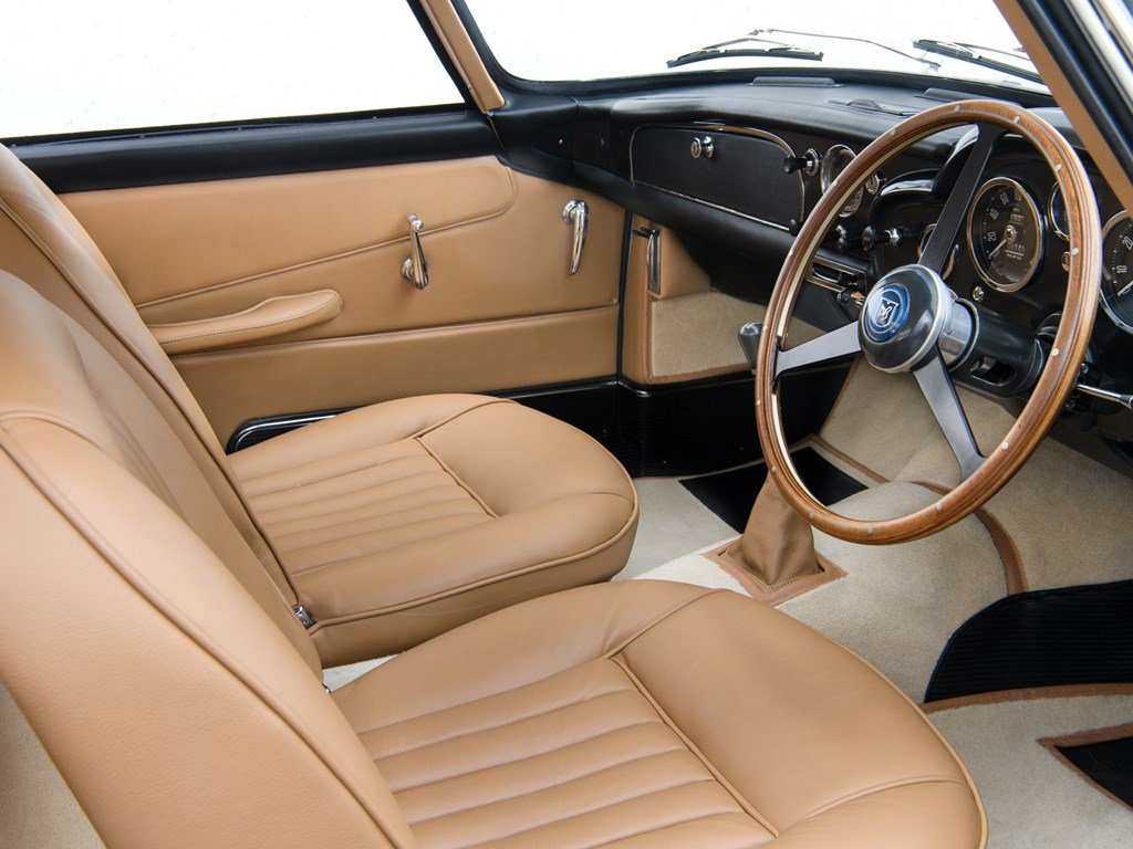 1961 Aston Martin DB4GT  For Sale by Auction (picture 4 of 6)