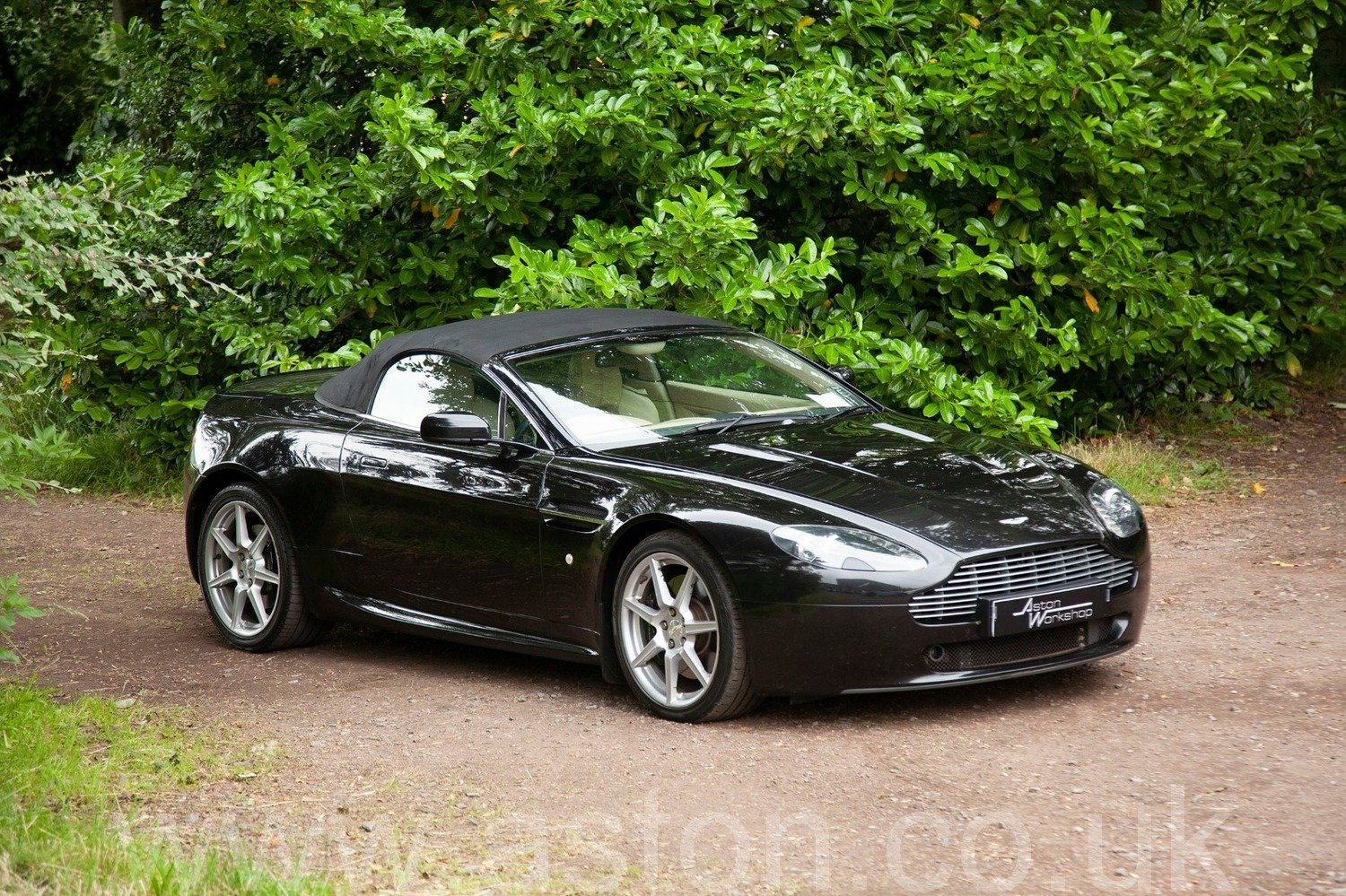 2007 Aston Martin V8 Vantage 4.3 Roadster Manual -New Clutch SOLD (picture 2 of 6)