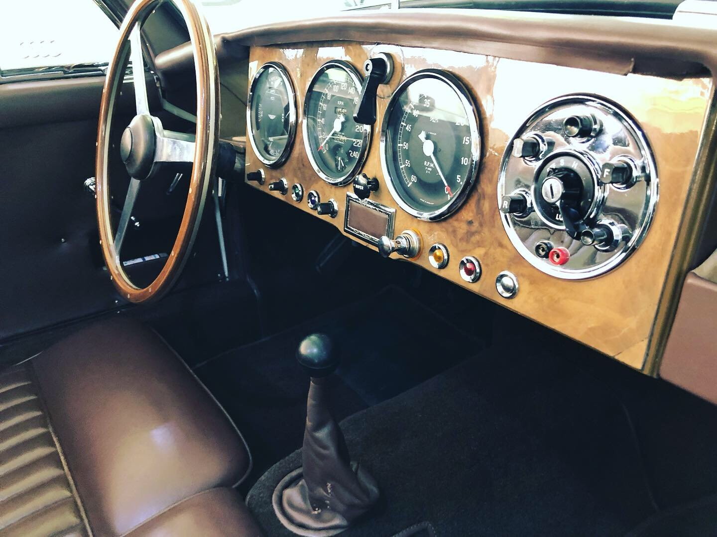 1954 Aston Martin DB2/4 MK I convertible For Sale (picture 6 of 6)