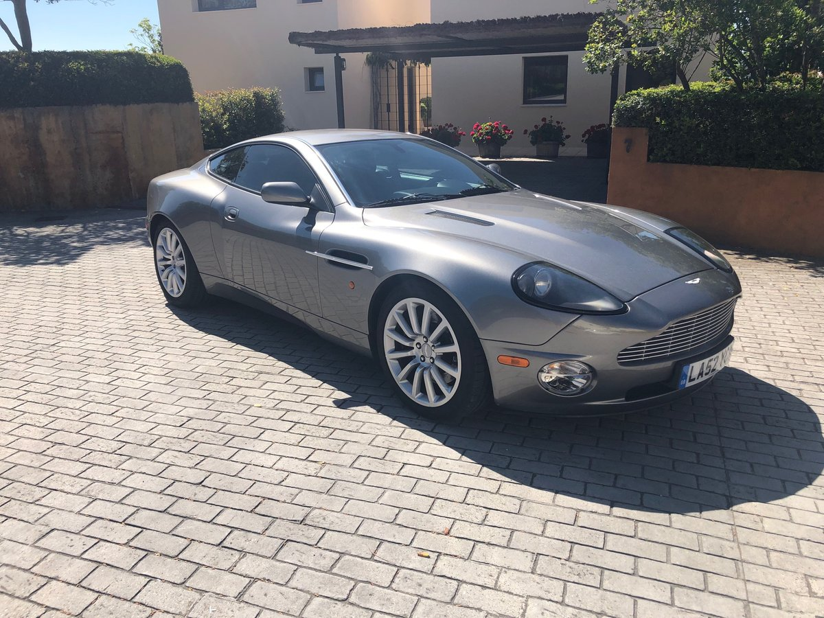 2003 AM VANQUISH 2+2 - FULL AM HISTORY FROM NEW For Sale (picture 1 of 6)