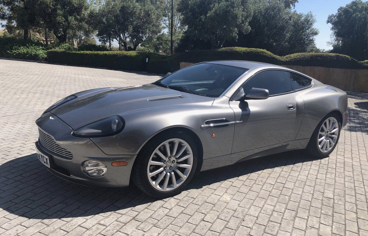 2003 AM VANQUISH 2+2 - FULL AM HISTORY FROM NEW For Sale (picture 2 of 6)