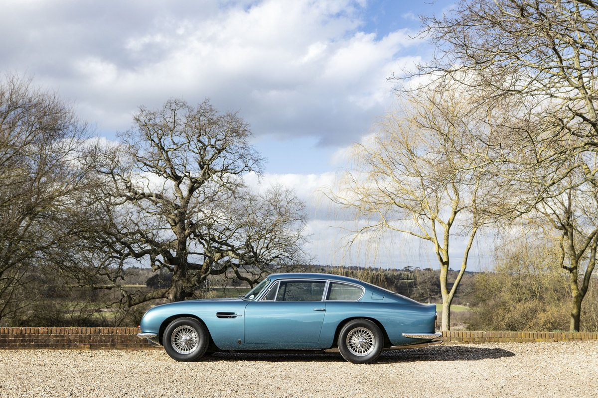 1969 Aston Martin DB6 For Sale (picture 2 of 6)