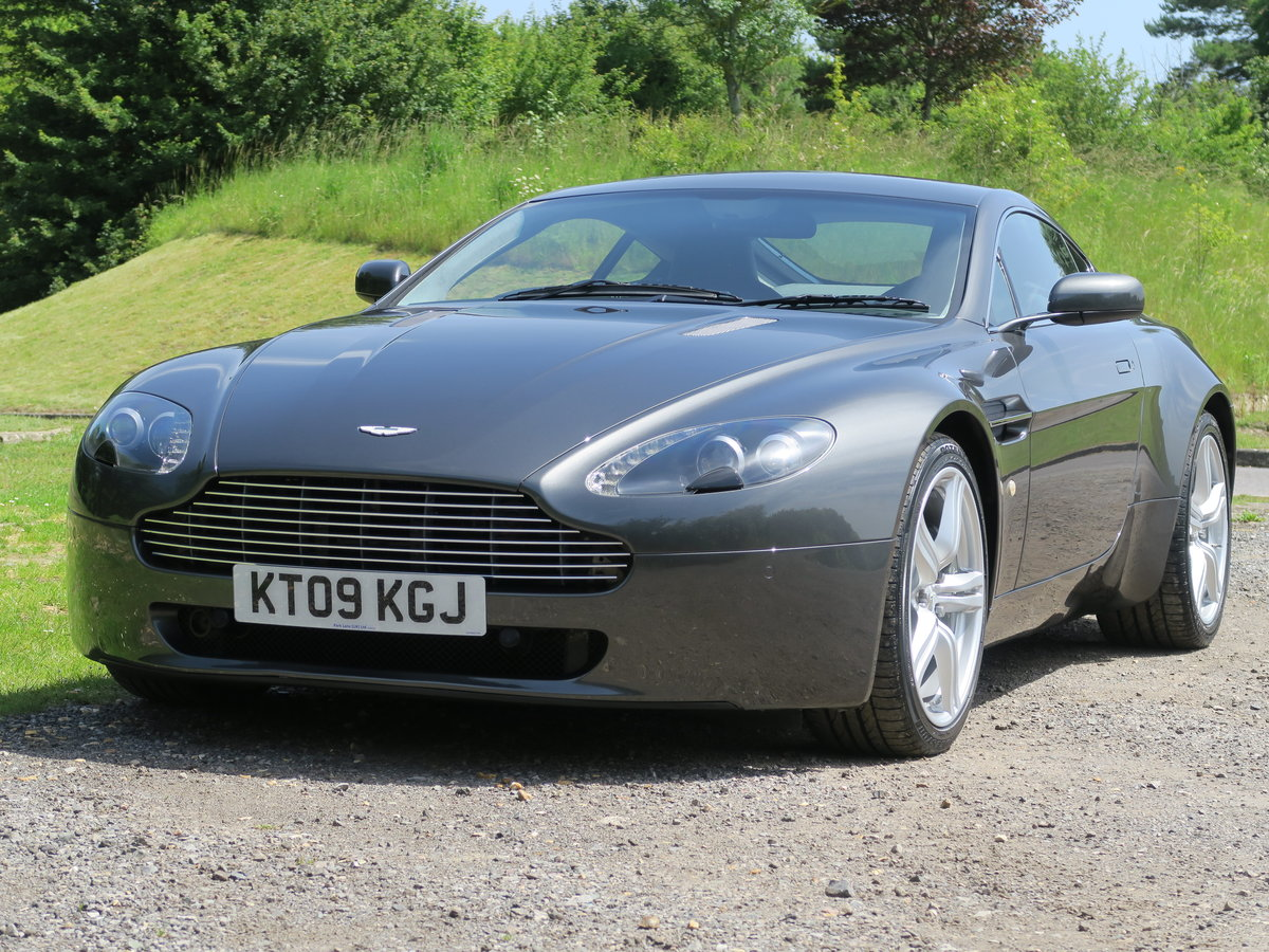 2009 Aston Martin Vantage 4.7 420 Manual  For Sale (picture 2 of 9)