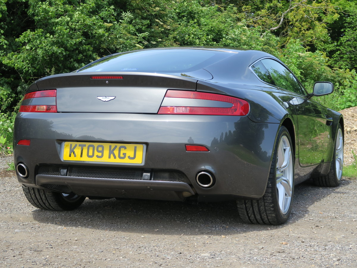 2009 Aston Martin Vantage 4.7 420 Manual  For Sale (picture 5 of 9)