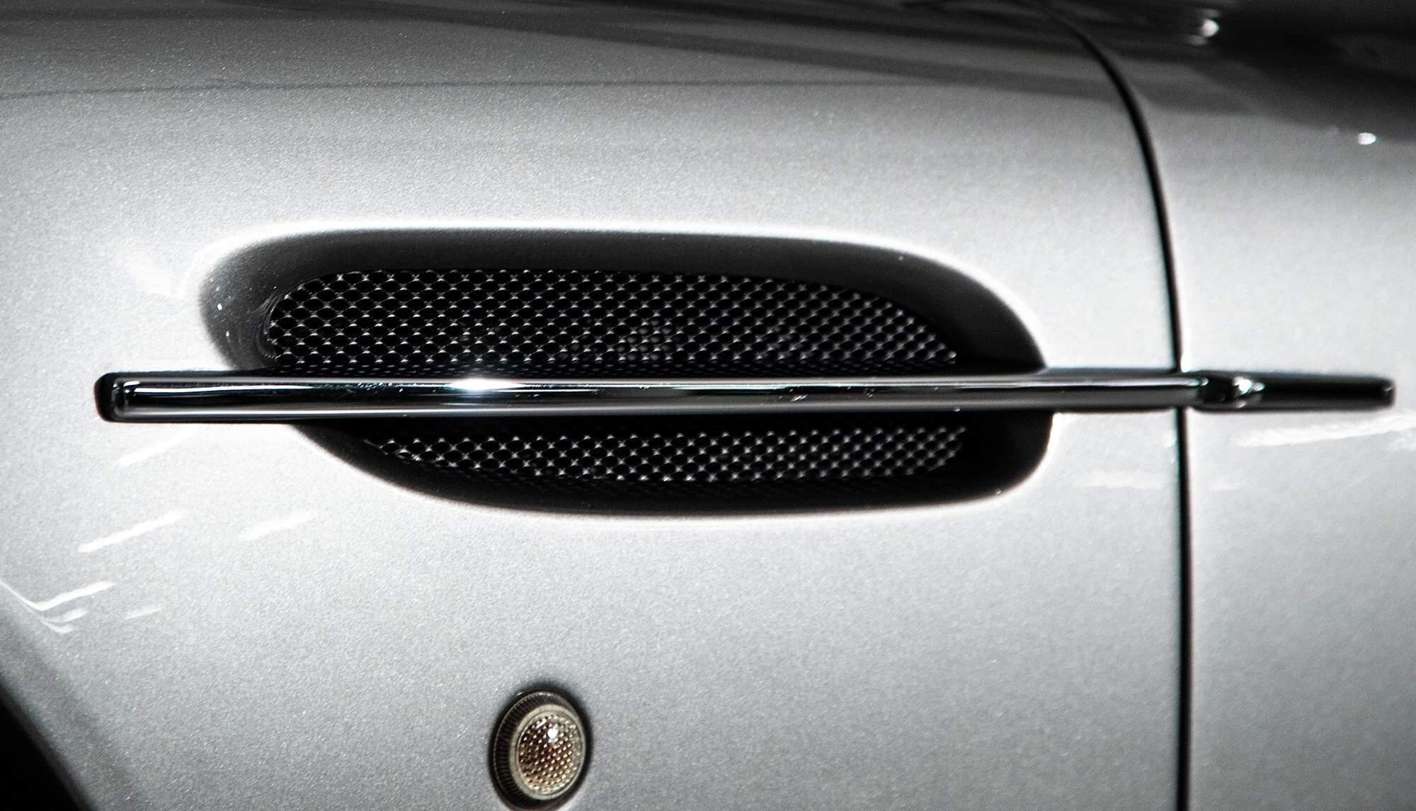 2002 Aston Martin Vanquish Ultra Low Miles LHD  For Sale (picture 10 of 24)