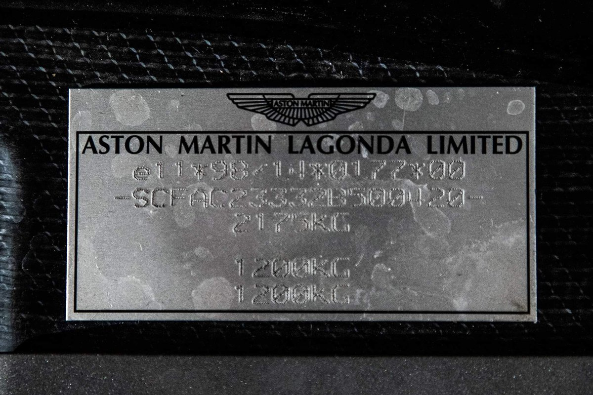 2002 Aston Martin Vanquish Ultra Low Miles LHD  For Sale (picture 20 of 24)