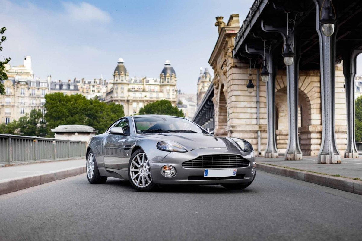 2005 Pierce Brosnan Aston Martin Vanquish S  For Sale (picture 1 of 6)