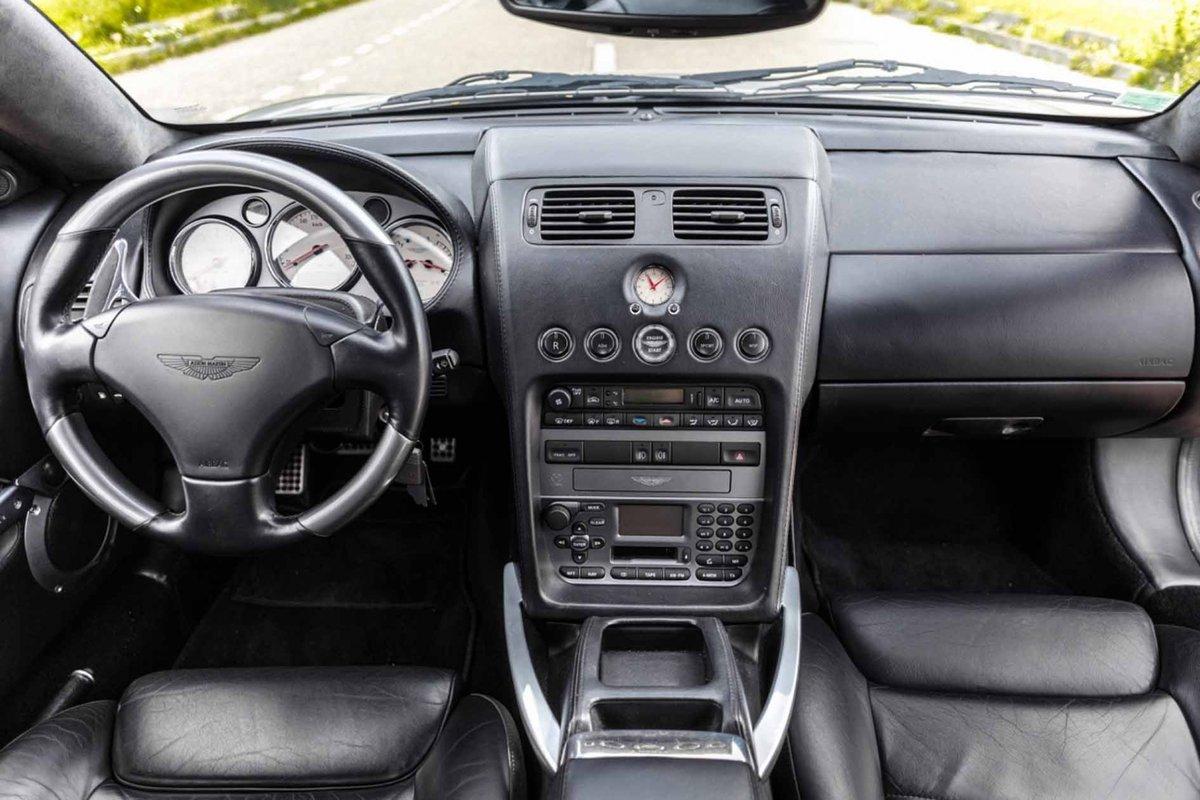 2005 Pierce Brosnan Aston Martin Vanquish S  For Sale (picture 4 of 6)