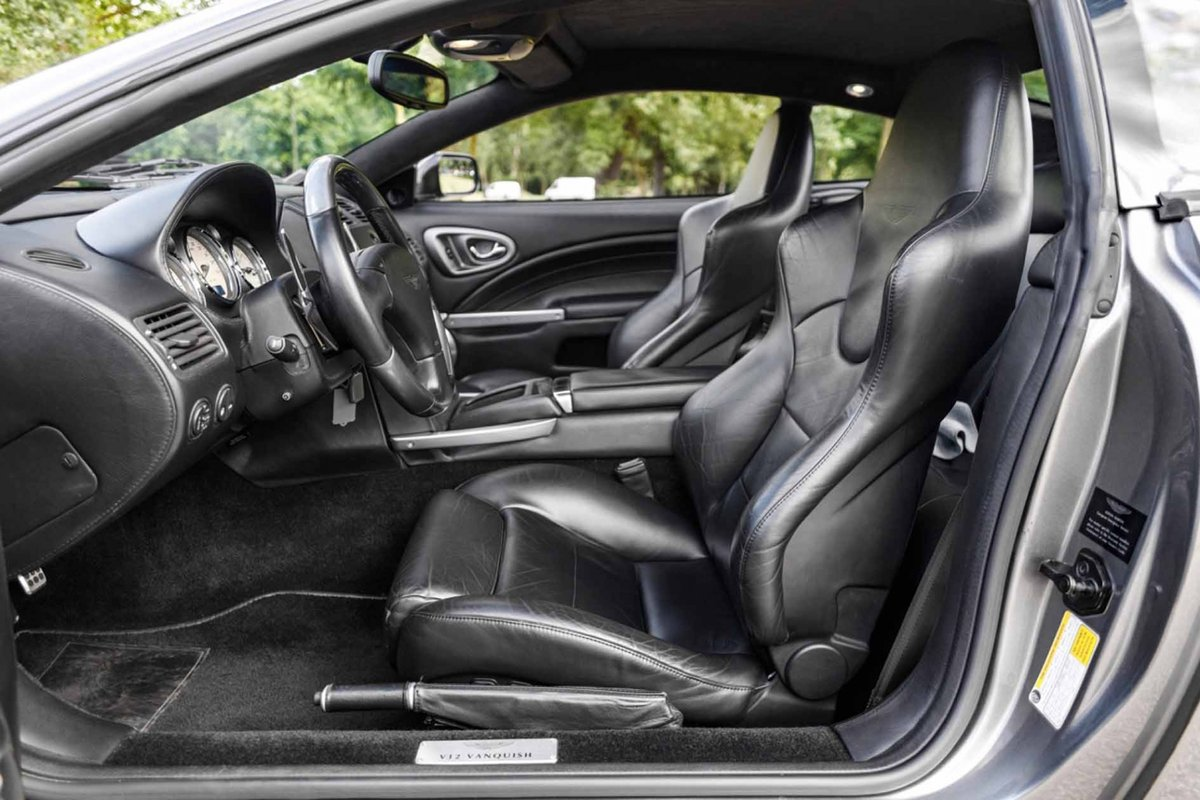 2005 Pierce Brosnan Aston Martin Vanquish S  For Sale (picture 5 of 6)