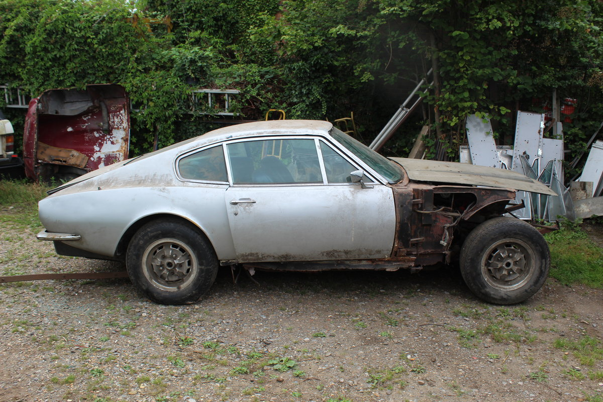 1975 Aston Martin Chassis, Body and Rare Number Plate For Sale (picture 1 of 4)