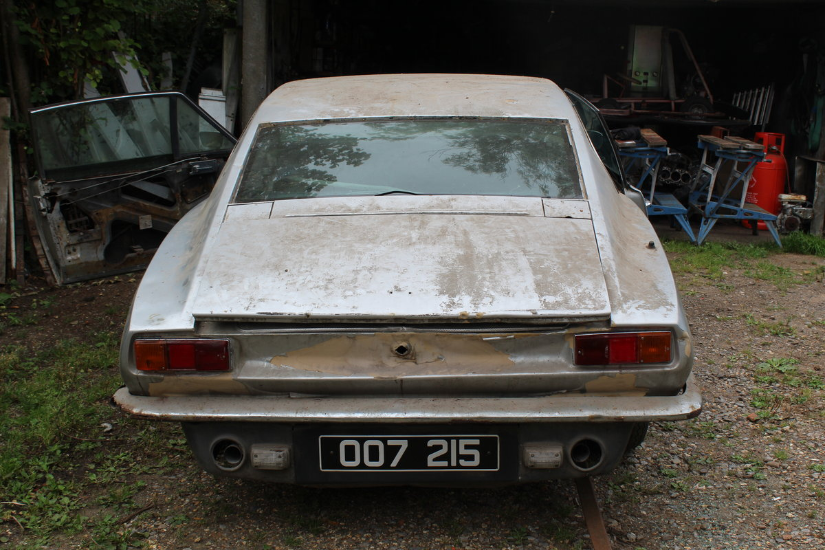 1975 Aston Martin Chassis, Body and Rare Number Plate For Sale (picture 3 of 4)