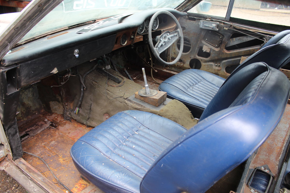 1975 Aston Martin Chassis, Body and Rare Number Plate For Sale (picture 4 of 4)
