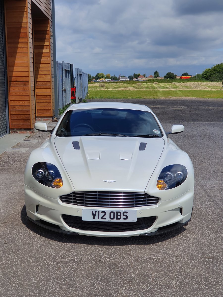 2009 Aston Martin DBS V12 late rare manual For Sale (picture 2 of 6)