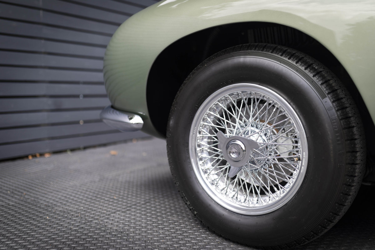 Aston Martin DB4 Series 5 VANTAGE For Sale (picture 6 of 6)