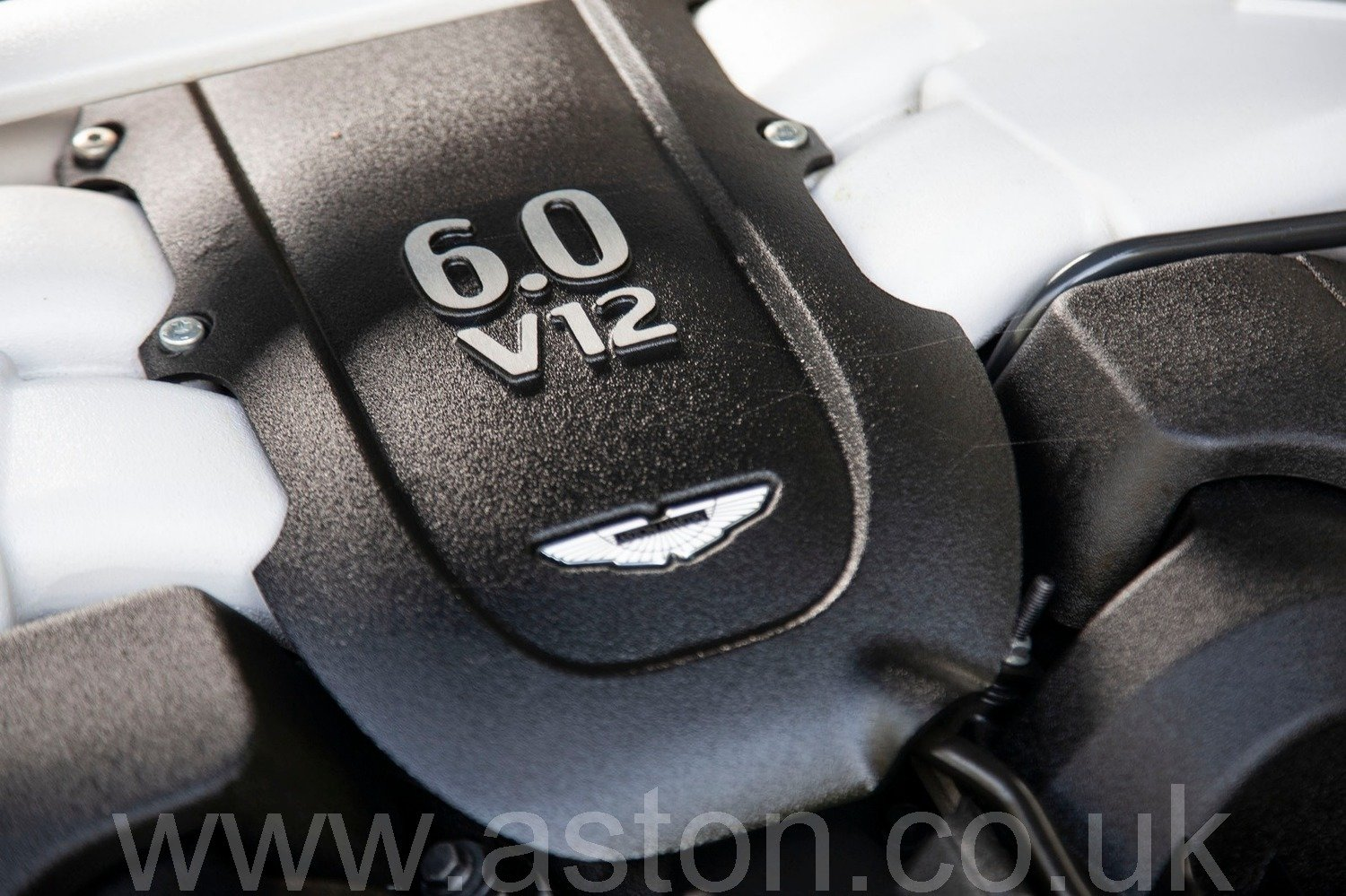 2013 Vanquish 6.0 V12 Touchtronic 2+2 For Sale (picture 5 of 6)
