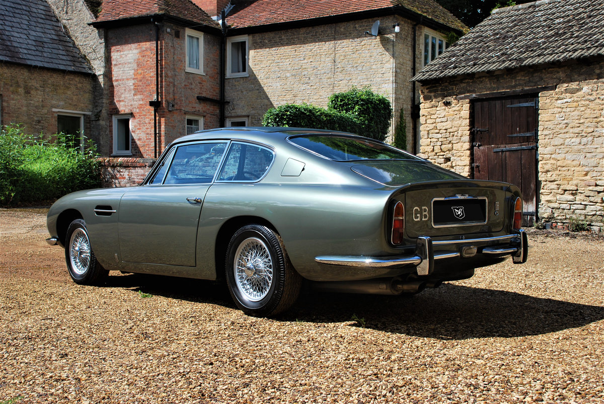 1968 Aston Martin DB6 Manual SOLD (picture 3 of 6)