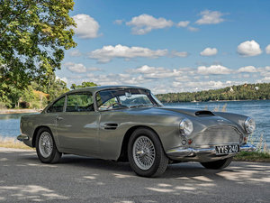 1960 ASTON MARTIN DB4 'SERIES II' SPORTS SALOON For Sale by Auction