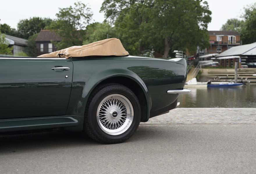 1989 Aston Martin V8 Vantage X-pack Volante (RHD) For Sale (picture 11 of 24)