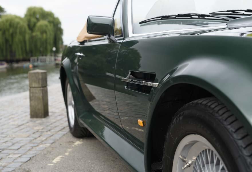 1989 Aston Martin V8 Vantage X-pack Volante (RHD) For Sale (picture 12 of 24)