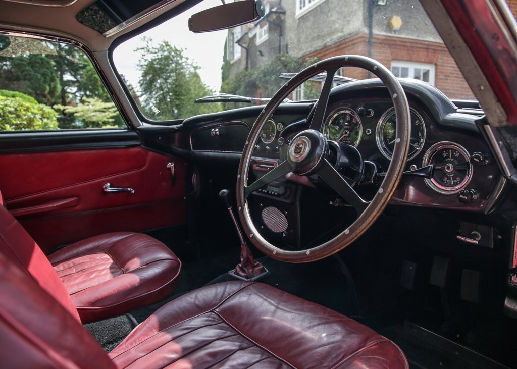 1961 Aston Martin DB4 Series III Superleggera SOLD by Auction (picture 6 of 6)
