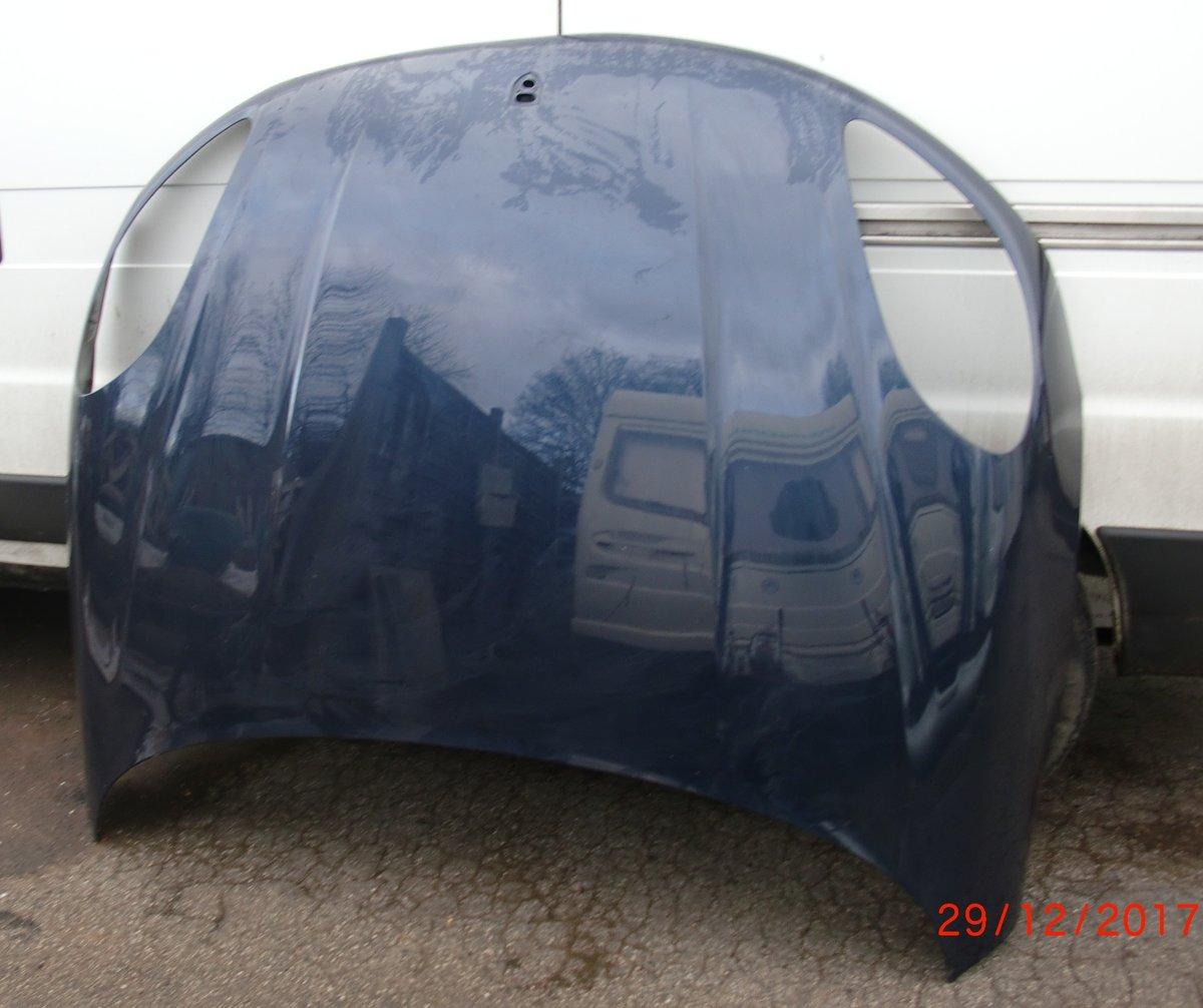 2005 ASTON MARTIN DB9 REARBUMPER & PORSCHE MACAN BONNET For Sale (picture 3 of 3)