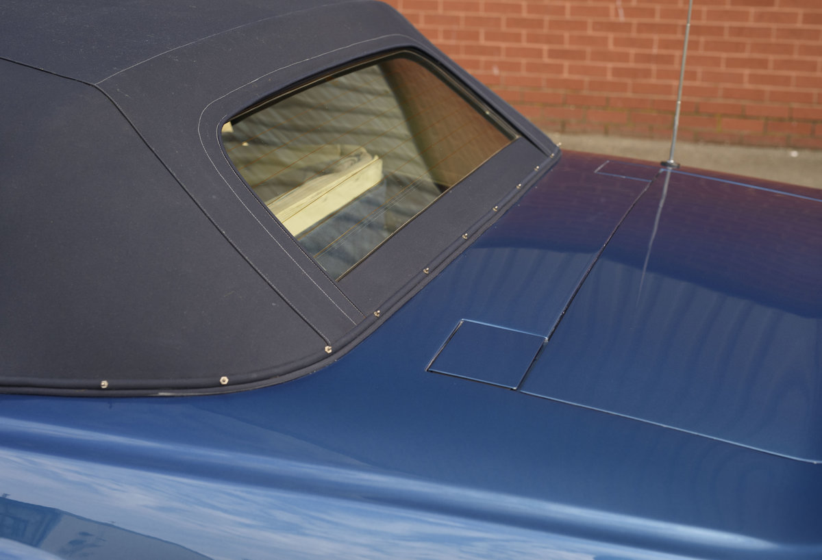 Aston Martin V8 Vantage Volante X-Pack Specification (RHD) For Sale (picture 23 of 24)