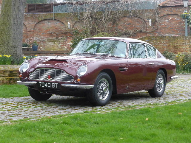 1968 Aston Martin DB6 For Sale (picture 1 of 6)
