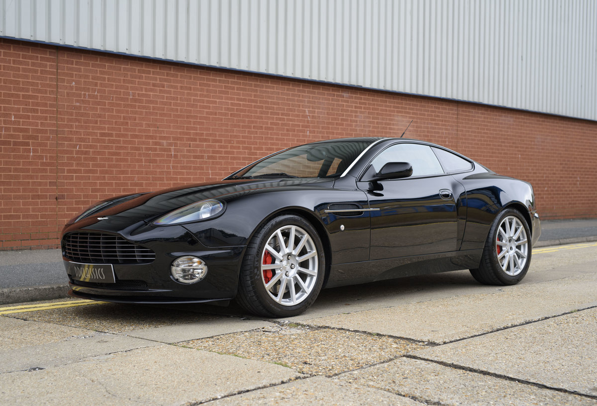 2006 Aston Martin Vanquish S (LHD) For sale in London For Sale (picture 1 of 24)