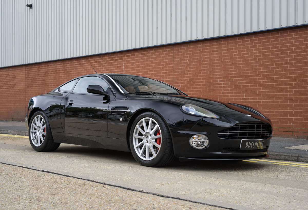 2006 Aston Martin Vanquish S (LHD) For sale in London For Sale (picture 2 of 24)