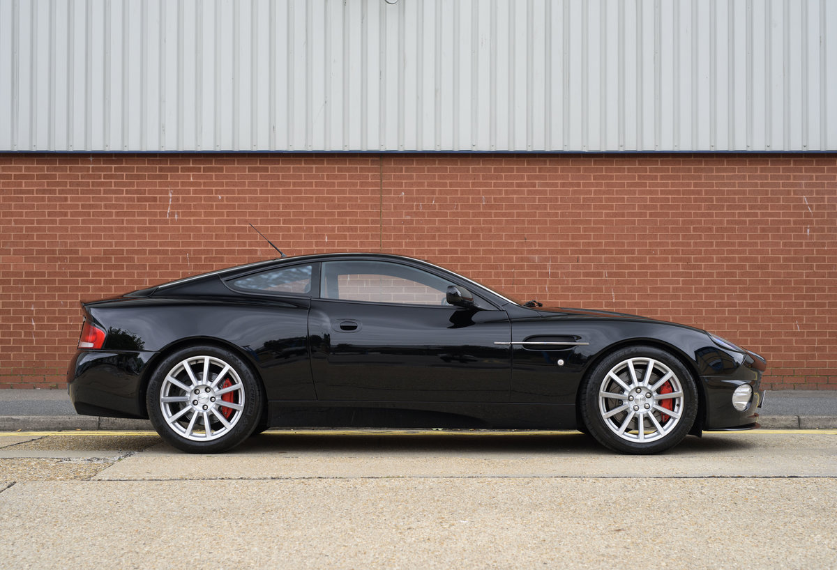 2006 Aston Martin Vanquish S (LHD) For sale in London For Sale (picture 5 of 24)