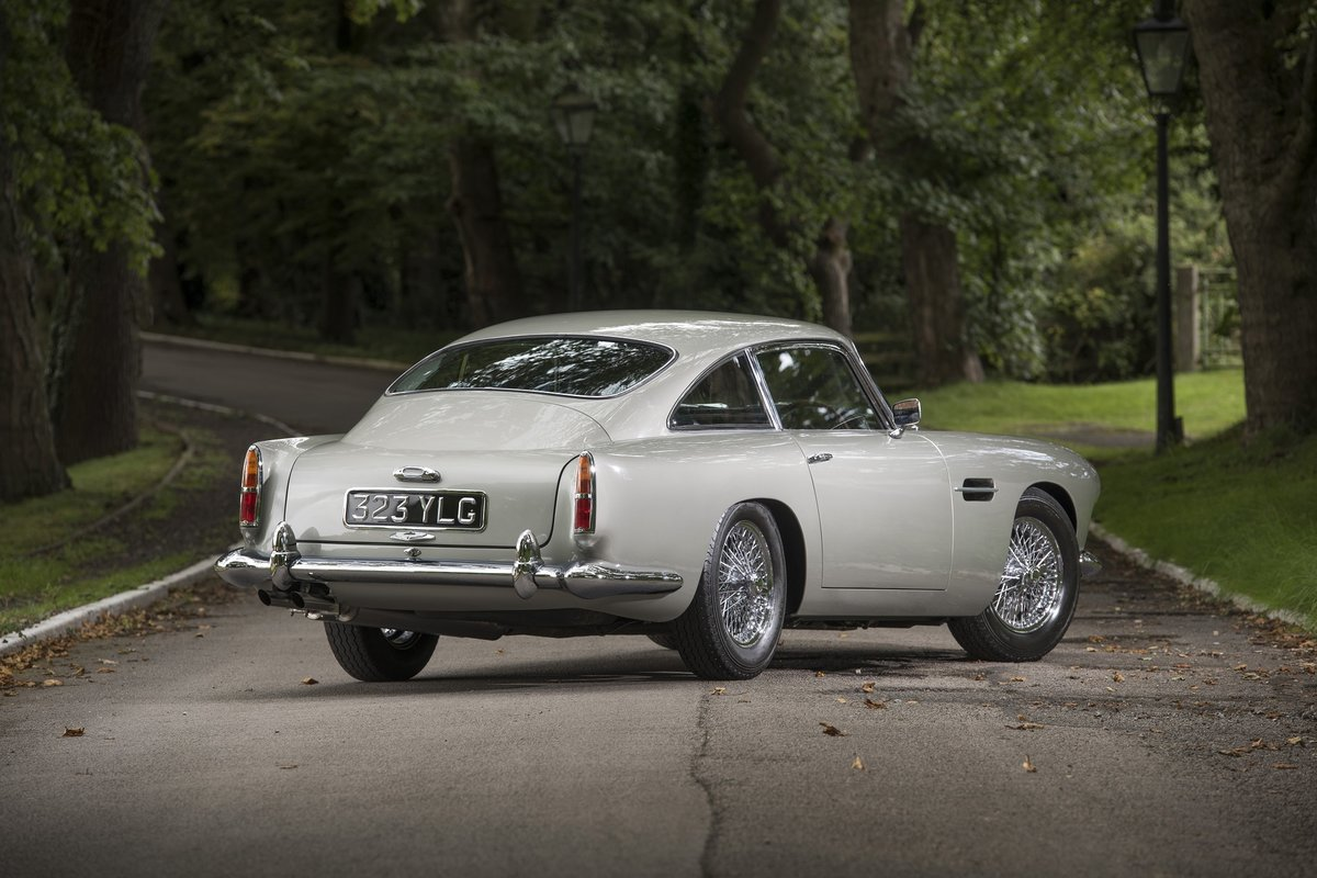 1961 Aston Martin DB4 Series II For Sale (picture 2 of 6)