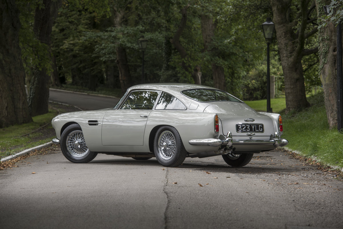 1961 Aston Martin DB4 Series II For Sale (picture 3 of 6)