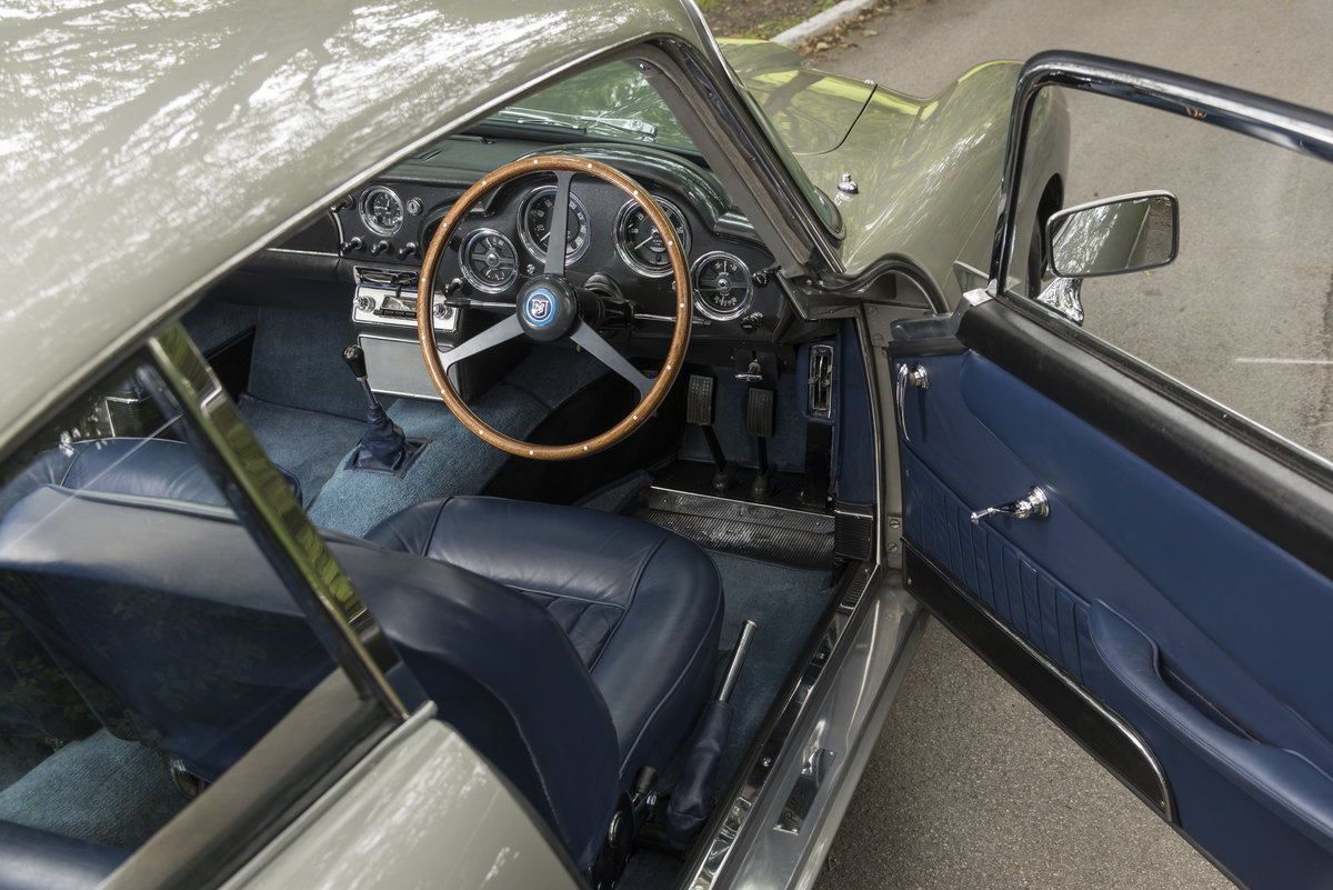 1961 Aston Martin DB4 Series II For Sale (picture 4 of 6)