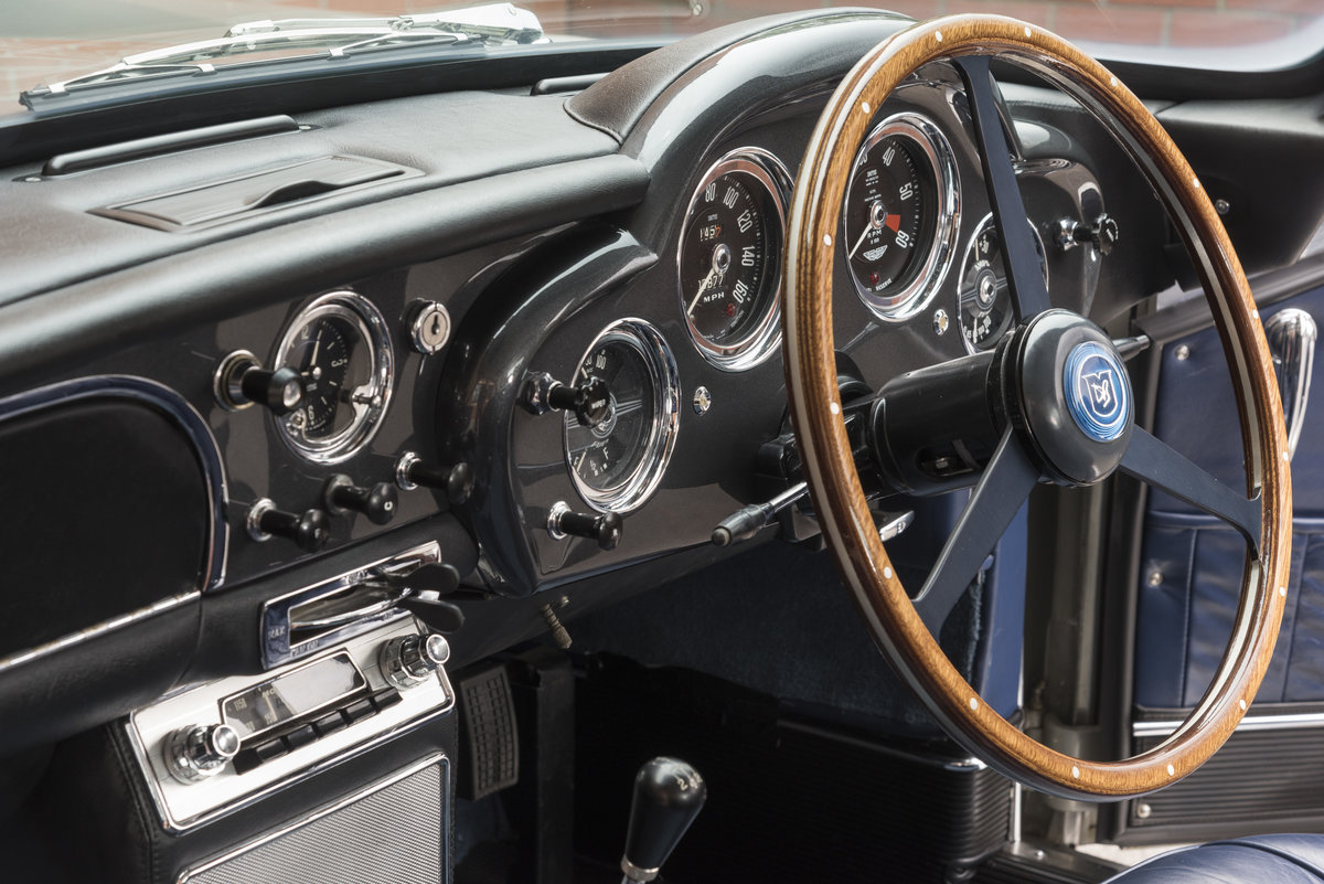 1961 Aston Martin DB4 Series II For Sale (picture 5 of 6)