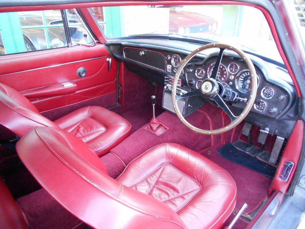 1966 Aston Martin DB6 Coupe  For Sale (picture 4 of 6)