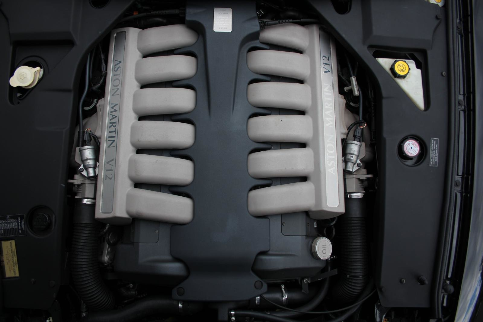 2004 Aston Martin DB 7 GT Zagato LHD  For Sale (picture 4 of 6)
