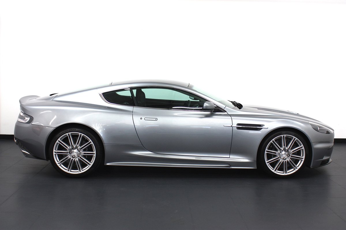 2008 ASTON MARTIN DBS 6SPEED MANUAL, 16K MILES, 1 OF 1 COLOUR  For Sale (picture 3 of 6)