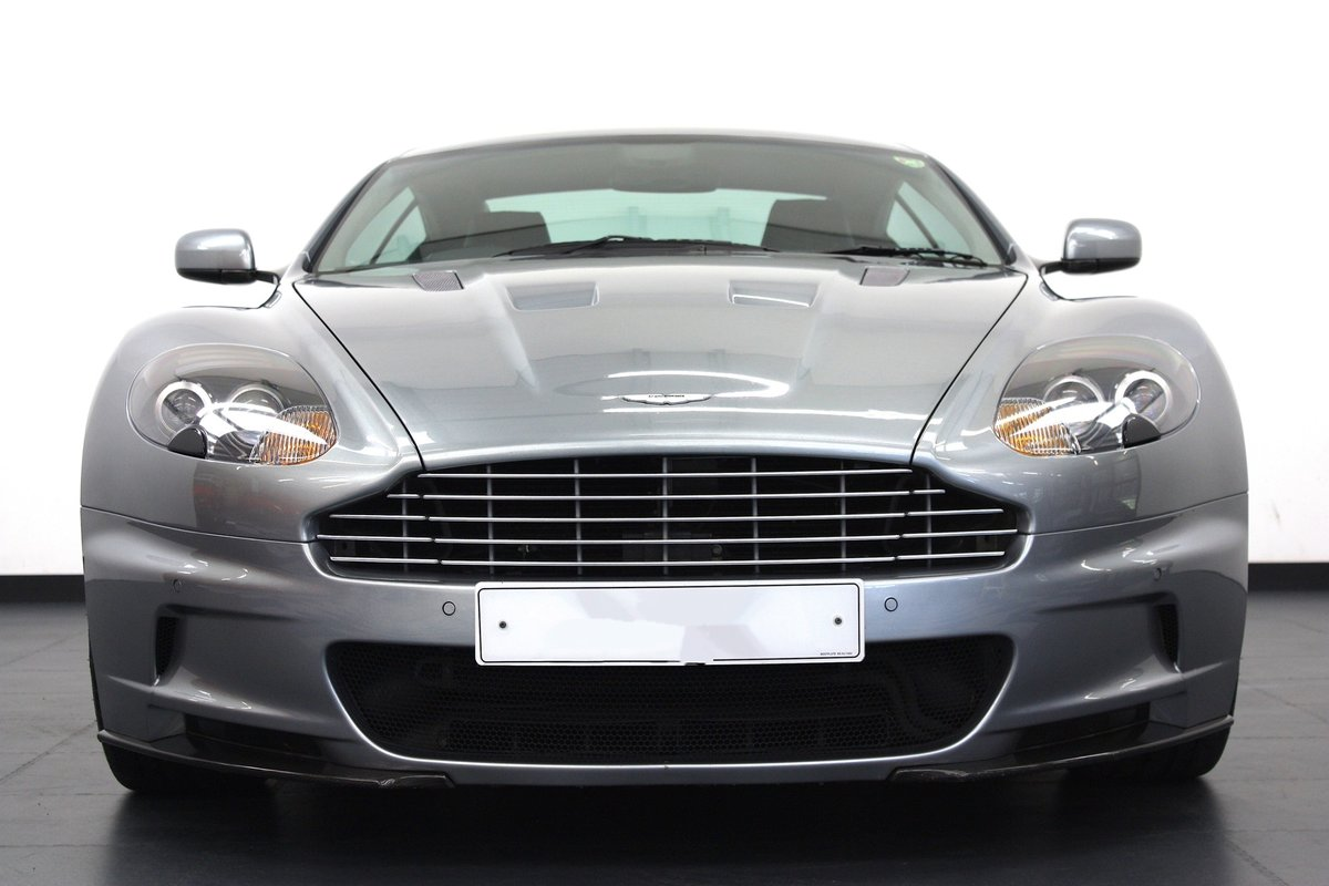 2008 ASTON MARTIN DBS 6SPEED MANUAL, 16K MILES, 1 OF 1 COLOUR  For Sale (picture 5 of 6)
