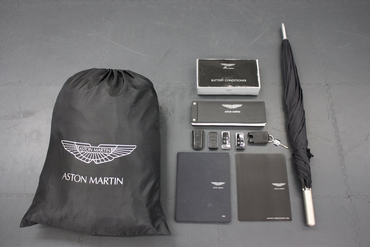 2008 ASTON MARTIN DBS 6SPEED MANUAL, 16K MILES, 1 OF 1 COLOUR  For Sale (picture 6 of 6)
