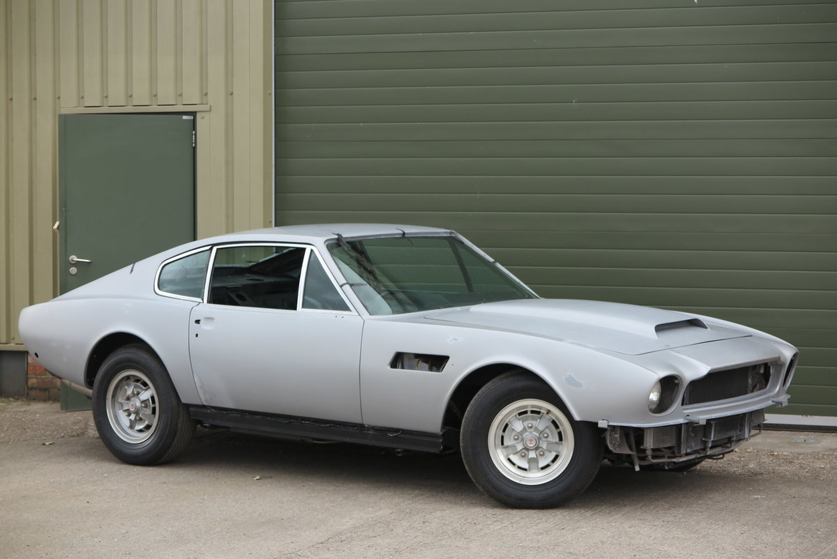 1973 Aston Martin V8 Saloon - Part Completed Resto Project For Sale (picture 3 of 6)