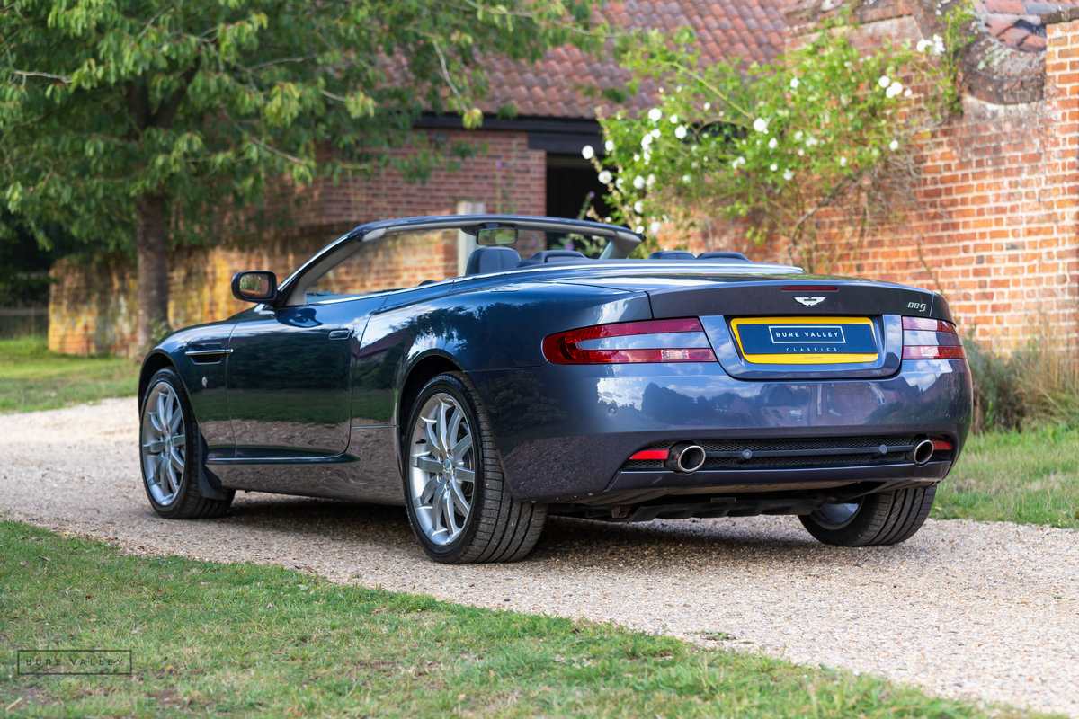 2005 Aston Martin DB9 Volante SOLD (picture 2 of 6)