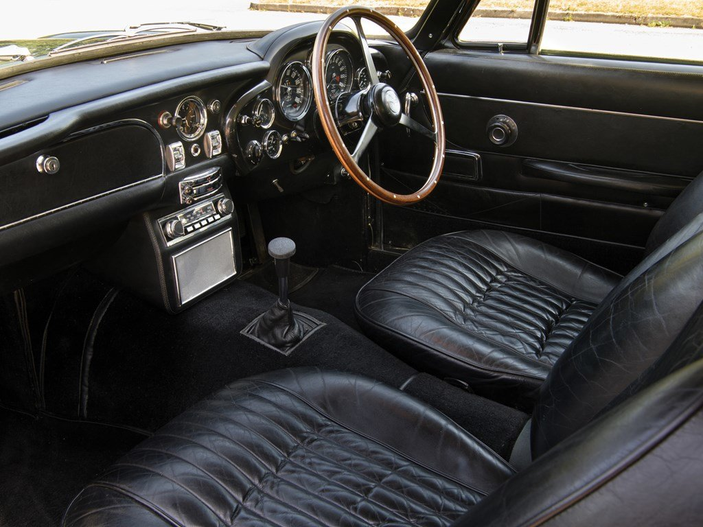 1970 Aston Martin DB6 Mk 2  For Sale by Auction (picture 4 of 6)