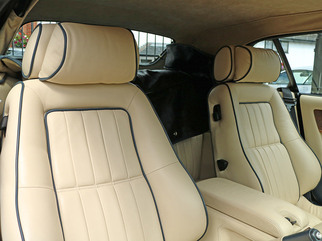2000 Aston Martin    Works coachbuilt V8 Vantage Volante Special  For Sale (picture 9 of 12)